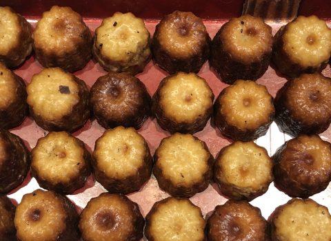 """Un pastisset amb aroma de rom i vainilla, els """"canelés"""" de Bordeus"""